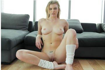 Lexi Davis - szexi lábmasszázs