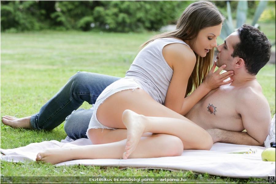 Chloe anális pornó terhes ében leszbikus